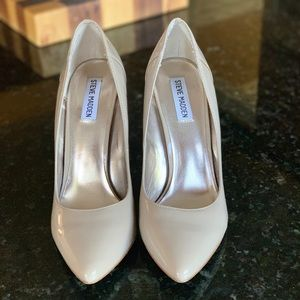 Steve Madden Patent Nude Pumps Size 9.5